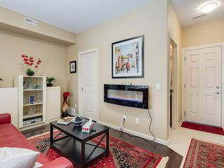 Photo 6: 307 VALLEY RIDGE Manor NW in Calgary: Valley Ridge Row/Townhouse for sale : MLS®# C4289268