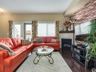 Photo 26: 307 VALLEY RIDGE Manor NW in Calgary: Valley Ridge Row/Townhouse for sale : MLS®# C4289268
