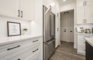 Photo 13: 10988 74 Avenue in Edmonton: Zone 15 House Half Duplex for sale : MLS®# E4194651