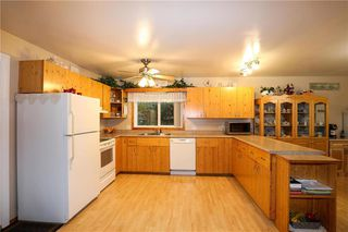 Photo 7: 5 Twin Oaks Place in Grunthal: R16 Residential for sale : MLS®# 202015733