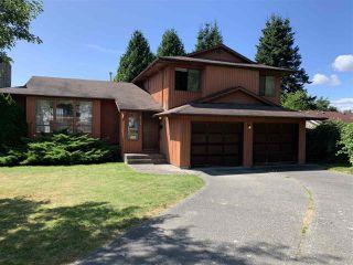 Photo 1: 8753 151B Street in Surrey: Bear Creek Green Timbers House for sale : MLS®# R2483757
