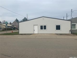 Photo 1: 501 Otterloo Street in Indian Head: Commercial for sale : MLS®# SK828388