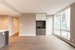 """Photo 6: 315 288 W 1ST Avenue in Vancouver: False Creek Condo for sale in """"JAMES"""" (Vancouver West)  : MLS®# R2511777"""