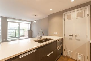 """Photo 13: 315 288 W 1ST Avenue in Vancouver: False Creek Condo for sale in """"JAMES"""" (Vancouver West)  : MLS®# R2511777"""