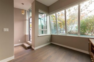 """Photo 21: 315 288 W 1ST Avenue in Vancouver: False Creek Condo for sale in """"JAMES"""" (Vancouver West)  : MLS®# R2511777"""
