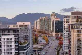"""Photo 12: 1705 1775 QUEBEC Street in Vancouver: Mount Pleasant VE Condo for sale in """"OPSAL"""" (Vancouver East)  : MLS®# R2515991"""