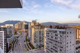 """Photo 11: 1705 1775 QUEBEC Street in Vancouver: Mount Pleasant VE Condo for sale in """"OPSAL"""" (Vancouver East)  : MLS®# R2515991"""
