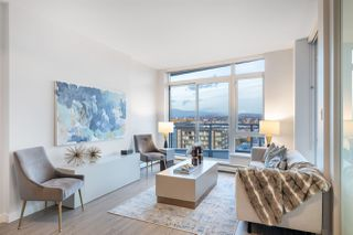 """Photo 2: 1705 1775 QUEBEC Street in Vancouver: Mount Pleasant VE Condo for sale in """"OPSAL"""" (Vancouver East)  : MLS®# R2515991"""