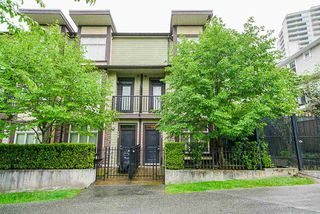 Photo 2: 101 5588 PATTERSON AVENUE in Burnaby: Central Park BS Condo for sale (Burnaby South)  : MLS®# R2372054
