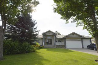 Main Photo: 37 EDINBURGH Road: Rural Sturgeon County House for sale : MLS®# E4169832