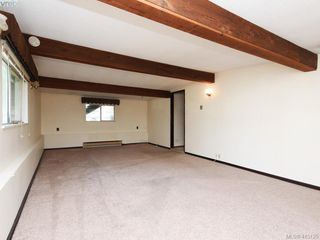 Photo 13: 1210/1208 Wychbury Avenue in VICTORIA: Es Saxe Point Single Family Detached for sale (Esquimalt)  : MLS®# 415125