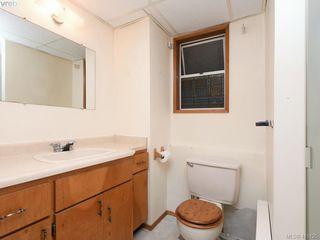 Photo 16: 1210/1208 Wychbury Avenue in VICTORIA: Es Saxe Point Single Family Detached for sale (Esquimalt)  : MLS®# 415125