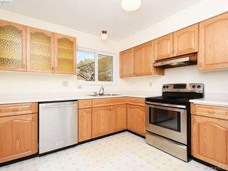 Photo 5: 1210/1208 Wychbury Avenue in VICTORIA: Es Saxe Point Single Family Detached for sale (Esquimalt)  : MLS®# 415125
