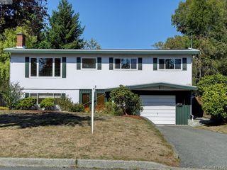 Photo 20: 1210/1208 Wychbury Avenue in VICTORIA: Es Saxe Point Single Family Detached for sale (Esquimalt)  : MLS®# 415125