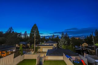 Photo 17: 8459 16TH Avenue in Burnaby: East Burnaby House 1/2 Duplex for sale (Burnaby East)  : MLS®# R2404961