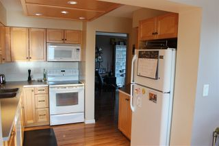 "Photo 13: 407 31955 OLD YALE Road in Abbotsford: Abbotsford West Condo for sale in ""Evergreen Village"" : MLS®# R2415695"
