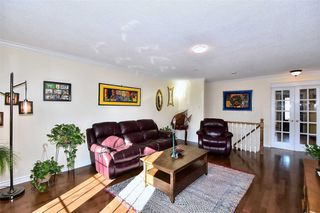 Photo 4: 50 Hawkins Crescent in Ajax: South West House (Bungalow) for sale : MLS®# E4681772