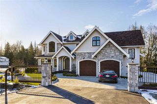 Photo 2: 8707 217A Street in Langley: Fort Langley House for sale : MLS®# R2434656