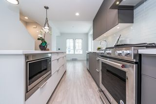 """Photo 7: 2124 SPRING Street in Port Moody: Port Moody Centre Townhouse for sale in """"Edgestone by Bold"""" : MLS®# R2439512"""