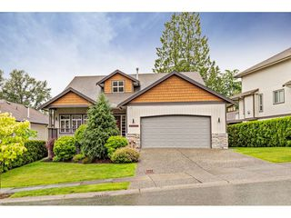"Photo 1: 35697 LEDGEVIEW Drive in Abbotsford: Abbotsford East House for sale in ""Ledgeview Estates"" : MLS®# R2465169"