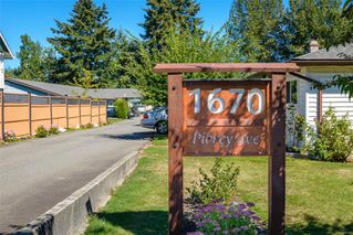 Photo 3: F 1670 Piercy Ave in : CV Courtenay City Row/Townhouse for sale (Comox Valley)  : MLS®# 856163