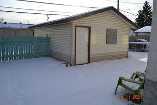 Photo 3: 2943 DOVERVILLE Crescent SE in Calgary: Dover Semi Detached for sale : MLS®# A1049122
