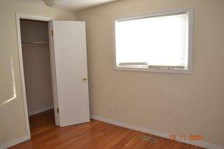 Photo 13: 2943 DOVERVILLE Crescent SE in Calgary: Dover Semi Detached for sale : MLS®# A1049122