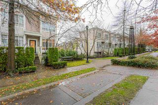 "Photo 8: 6756 VILLAGE Green in Burnaby: Highgate Townhouse for sale in ""ROCKFILL"" (Burnaby South)  : MLS®# R2527102"