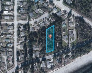 Main Photo: Lot 1 SUNSHINE COAST HIGHWAY Highway in Sechelt: Sechelt District Land for sale (Sunshine Coast)  : MLS®# R2528846