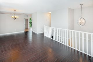 """Photo 3: 39 8716 WALNUT GROVE Drive in Langley: Walnut Grove Townhouse for sale in """"WILLOW ARBOUR"""" : MLS®# R2399861"""