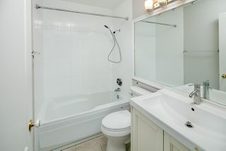 """Photo 11: 39 8716 WALNUT GROVE Drive in Langley: Walnut Grove Townhouse for sale in """"WILLOW ARBOUR"""" : MLS®# R2399861"""