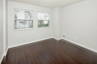 """Photo 14: 39 8716 WALNUT GROVE Drive in Langley: Walnut Grove Townhouse for sale in """"WILLOW ARBOUR"""" : MLS®# R2399861"""