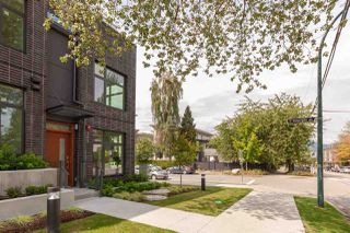 """Photo 2: TH4 703 VICTORIA Drive in Vancouver: Hastings Townhouse for sale in """"Monogram"""" (Vancouver East)  : MLS®# R2412810"""