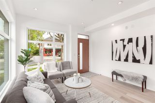 """Photo 4: TH4 703 VICTORIA Drive in Vancouver: Hastings Townhouse for sale in """"Monogram"""" (Vancouver East)  : MLS®# R2412810"""
