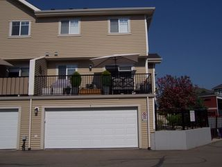 Photo 29: 1 675 ALBANY Way in Edmonton: Zone 27 Townhouse for sale : MLS®# E4179424