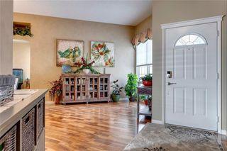 Photo 10: 55 DOUGLAS WOODS Terrace SE in Calgary: Douglasdale/Glen Detached for sale : MLS®# C4299726