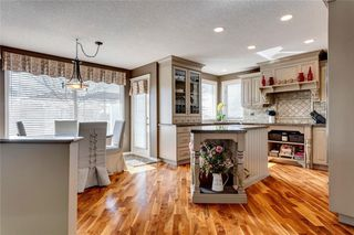 Photo 6: 55 DOUGLAS WOODS Terrace SE in Calgary: Douglasdale/Glen Detached for sale : MLS®# C4299726