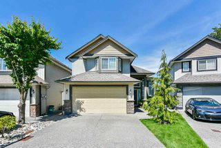 Photo 3: 21631 92 Avenue in Langley: Walnut Grove House for sale : MLS®# R2477335