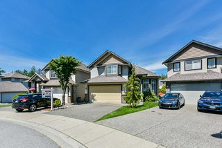 Photo 2: 21631 92 Avenue in Langley: Walnut Grove House for sale : MLS®# R2477335