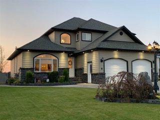 """Main Photo: 10212 114A Avenue in Fort St. John: Fort St. John - City NW House for sale in """"COUNTRY VIEW ESTATES"""" (Fort St. John (Zone 60))  : MLS®# R2482662"""