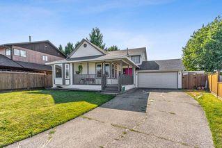 Photo 1: 11989 MEADOWLARK Drive in Maple Ridge: Cottonwood MR House for sale : MLS®# R2496723