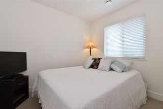 """Photo 14: 35 34230 ELMWOOD Drive in Abbotsford: Abbotsford East Townhouse for sale in """"TEN OAKS"""" : MLS®# R2496403"""