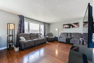 Photo 3: 6736 22 Avenue in Edmonton: Zone 29 House for sale : MLS®# E4214453