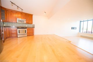 """Photo 8: 4 1201 LAMEY'S MILL Road in Vancouver: False Creek Townhouse for sale in """"Alder Bay Place"""" (Vancouver West)  : MLS®# R2526493"""