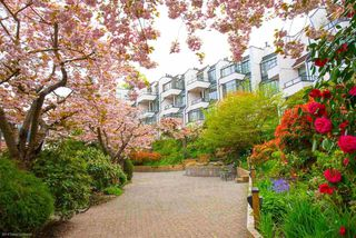 """Main Photo: 4 1201 LAMEY'S MILL Road in Vancouver: False Creek Townhouse for sale in """"Alder Bay Place"""" (Vancouver West)  : MLS®# R2526493"""