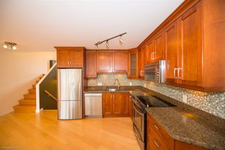 """Photo 7: 4 1201 LAMEY'S MILL Road in Vancouver: False Creek Townhouse for sale in """"Alder Bay Place"""" (Vancouver West)  : MLS®# R2526493"""