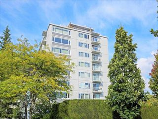 "Photo 4: 406 6076 TISDALL Street in Vancouver: Oakridge VW Condo for sale in ""THE MANSION HOUSE ESTATES LTD"" (Vancouver West)  : MLS®# R2409487"