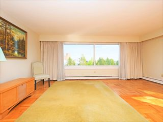 """Photo 5: 406 6076 TISDALL Street in Vancouver: Oakridge VW Condo for sale in """"THE MANSION HOUSE ESTATES LTD"""" (Vancouver West)  : MLS®# R2409487"""