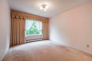 Photo 19: 15062 VICTORIA Avenue: White Rock House for sale (South Surrey White Rock)  : MLS®# R2424080
