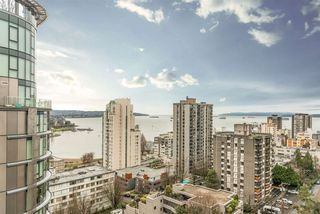 "Photo 13: 1204 1250 BURNABY Street in Vancouver: West End VW Condo for sale in ""THE HORIZON"" (Vancouver West)  : MLS®# R2425959"